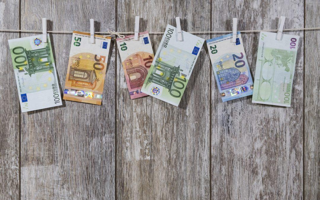 Geld verschenken & Steuern sparen